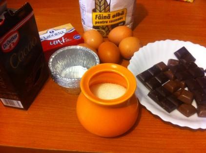 prajitura cu ciocolata